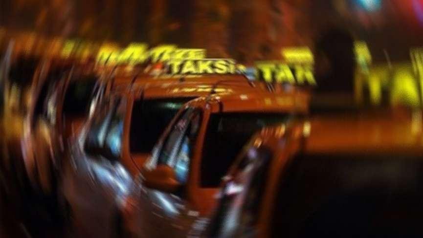 Arap turistlere 'istanbul turu' attıran taksici konuşttu