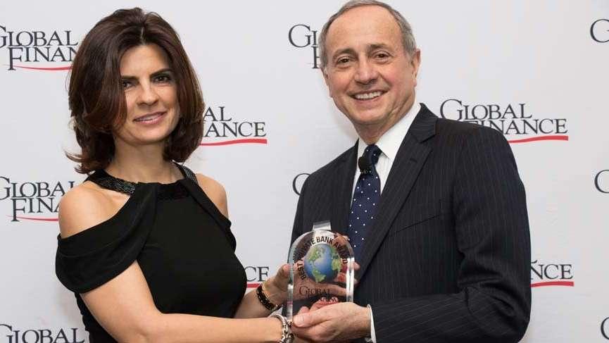 Akbank'a 'Türkiye'nin En İyi Özel Bankacılık' ödülü verildi