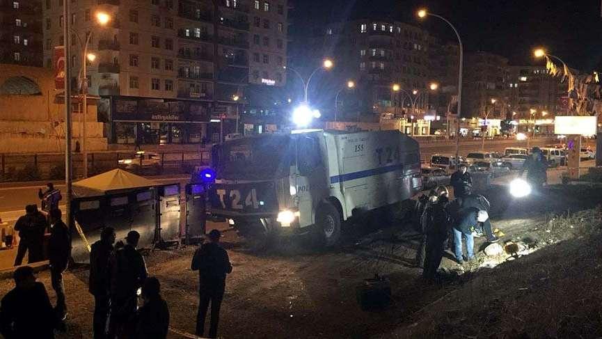 AKP yakınındaki polis noktasına bombalı saldırı