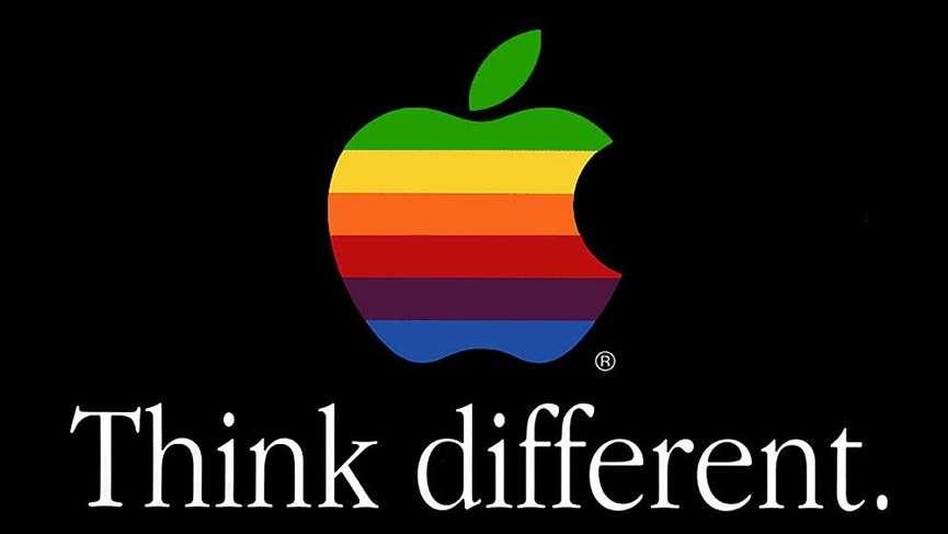 Apple eski logosuna geri mi dönüyor?