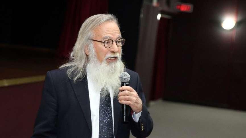 Prof. Dr. Ethem Derman: 'Uzaylıları üç kağıtçılar görüyor'