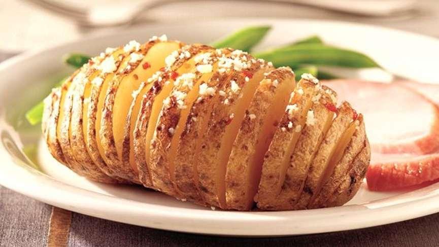 Fırında patates nasıl yapılır? İşte leziz fırında patates tarifi…