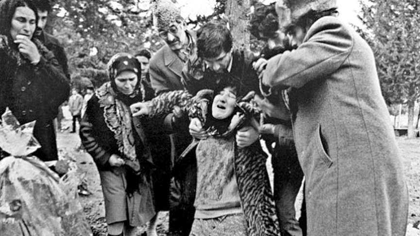"""Hocalı katliamında neler oldu? 26 yıl önce bugün """"Hocalı Katliamı"""" yapıldı…"""