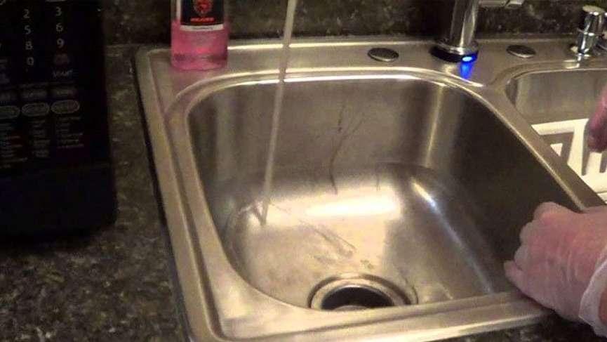 Tıkanan lavaboları açan doğal yöntem!