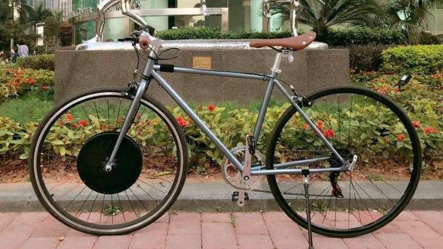 'Bisikletiyle aşk yaşıyor' diyerek boşanmak istiyor