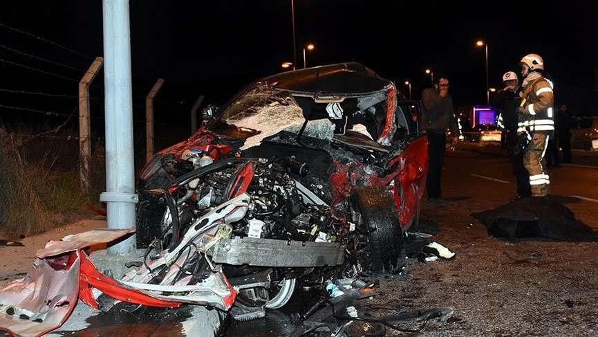 16 yaşındaki ehliyetsiz sürücü kaza yaptı: Bir ölü, 1 ağır yaralı