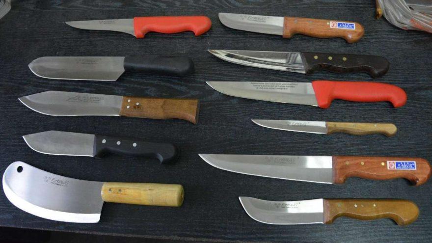 İngiltere ve Kazakistan'a ayetli bıçak…