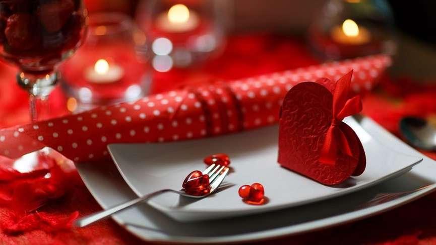 Aşkınızı gösterin: Evde yapılabilecek en romantik ve pratik 'Sevgililer Günü Menüsü'