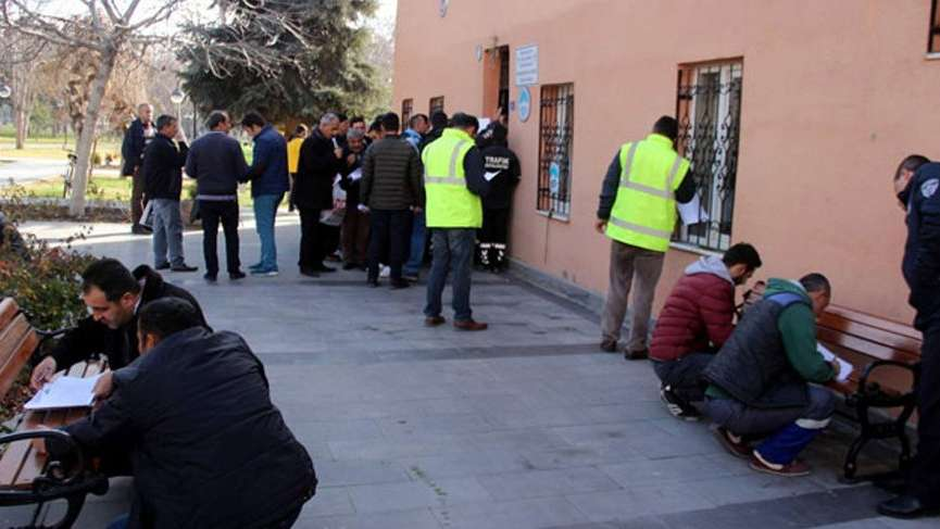 İBB'de kadro bekleyen taşeron işçilere şok!