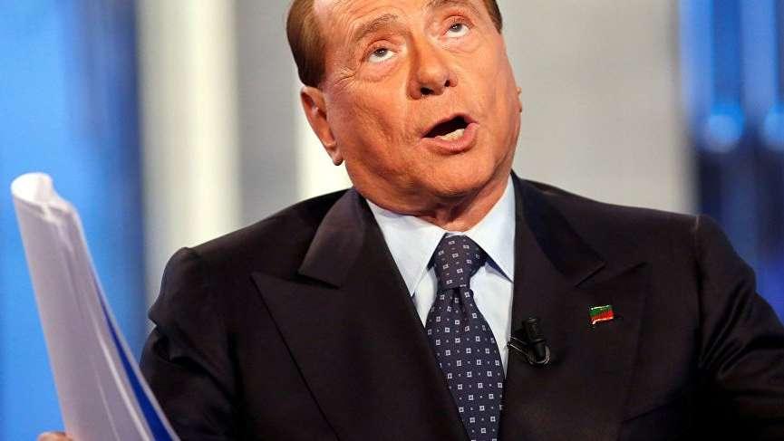 İtalya'da Berlusconi geri dönüyor