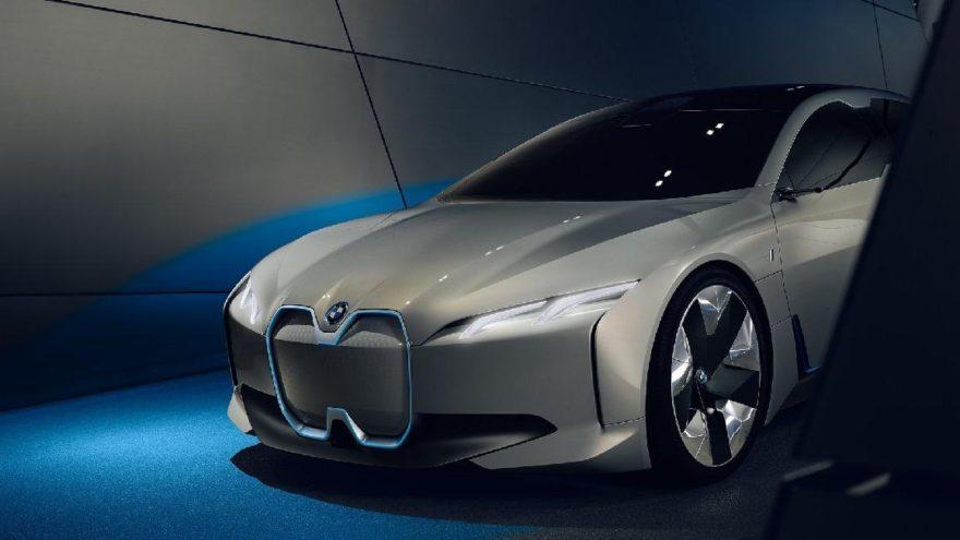 Elektrikli otomobile farklı bir bakış : BMW i4