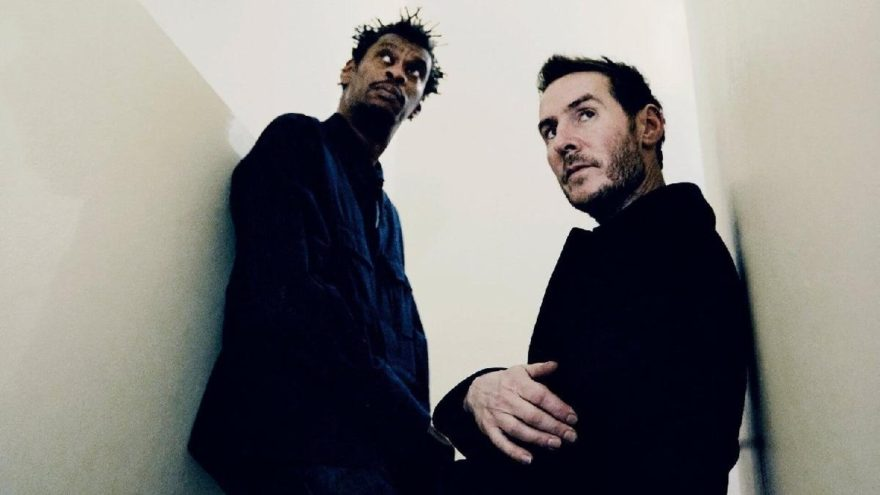 Efsane grup Massive Attack, İstanbul'a geliyor