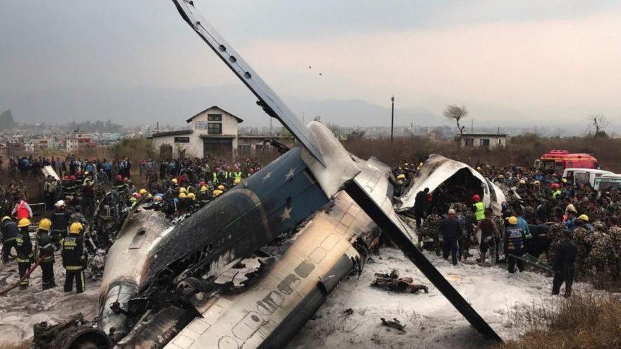 Nepal'de yolcu uçağı düştü ile ilgili görsel sonucu