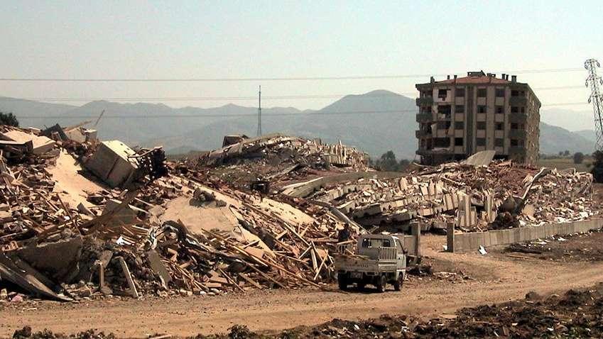 Türkiye'nin yarısından fazlası deprem sigortası yaptırmıyor