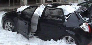 Kar otomobili hurdaya çevirdi