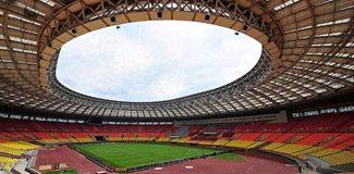 Final Lujniki Stadı'nda