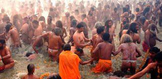 Kumbh Mela festivalı başladı