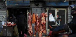 Katlettiği kurbanlarını markete sattı