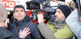 Bahçeli'nin ziyaretinde gazetecilere saldırı