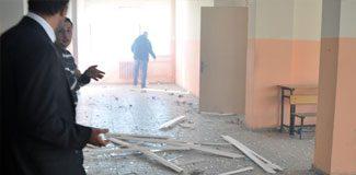 Cizre'de okulda patlama: 3 öğrenci yaralı