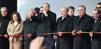 Erdoğan, 5 bakanıyla yem fabrikası açtı