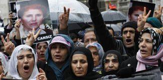 Polisle PKK arasında gerginlik