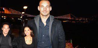 Sneijder İstanbul gecelerine aktı