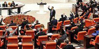 Meclis'e başörtüsü çıkarması