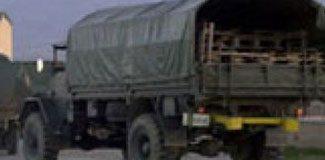 Urla'da askeri araca saldırı!