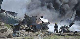 Cezayir'de askeri uçak düştü: 77 ölü
