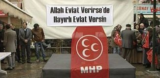 MHP'den dikkat çeken pankart!