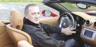 Türkiye'de Ferrari sahibi tek gazeteci