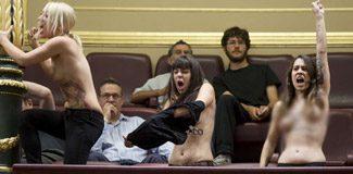 "Femen'den İspanyol kilisesine ""kürtaj protestosu"""