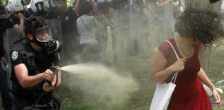 İtalya da biber gazına geçiyor!