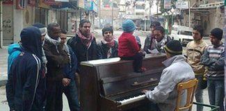 Savaşın ortasındaki piyanist