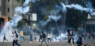 Venezuela'da iki haftada '50 ölü'