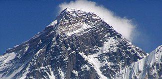 Everest tırmanışında facia
