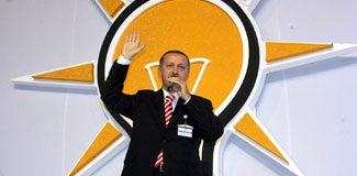 AKP'de bir istifa şoku da İzmir'de
