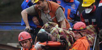 Soma'da ölü sayısı en az 350