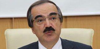 Vali Coş'a hakaret davasında beraat