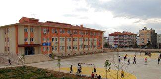 Okullarda maliyet karşılığı isim hakkı