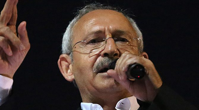 'Kirli siyaset devletin tepesinde'