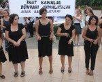 Kadınlardan IŞİD'e kanlı tepki