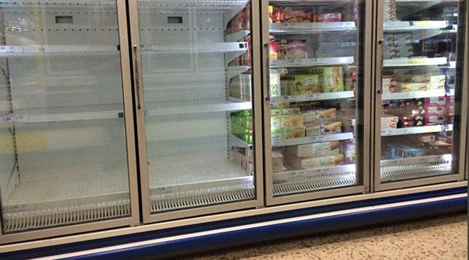Ice Bucket Challenge marketlerdeki buzları bitirdi