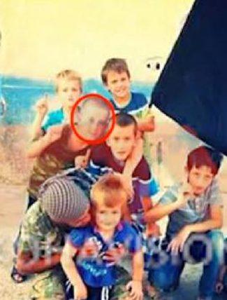 8 yaşındaki oğlunu IŞİD'e götürdü!
