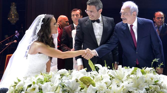 Kılıçdaroğlu nikah şahidi oldu!