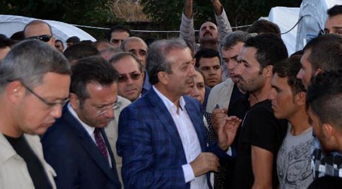 Bakan Kürtçe konuşarak anlaştı!