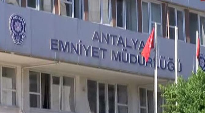 Antalya'da cemaat operasyonu
