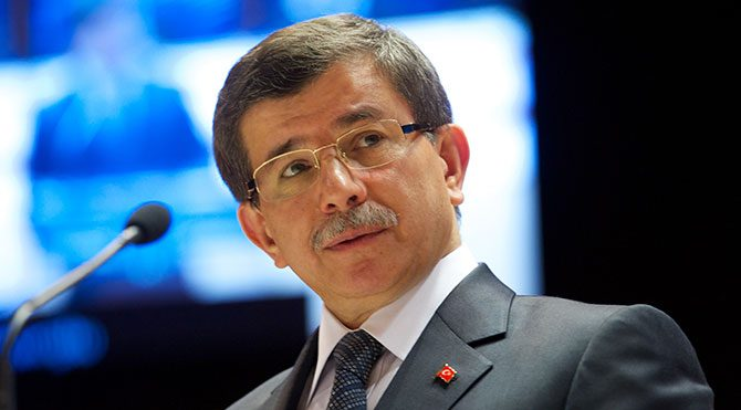Davutoğlu'ndan tezkere açıklaması!