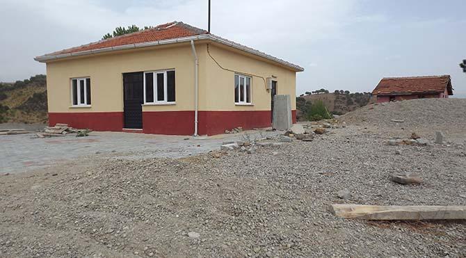 Kıraathanede başlayan eğitim, inşaatta devam ediyor!